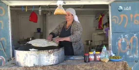 فيديو|خبز الصاج.. تراث فلسطيني لايزال نابضًا منذ آلاف السنين