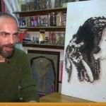 فيديو  محمد قطب.. تشكيلي يرسم الوجوه بالمسامير