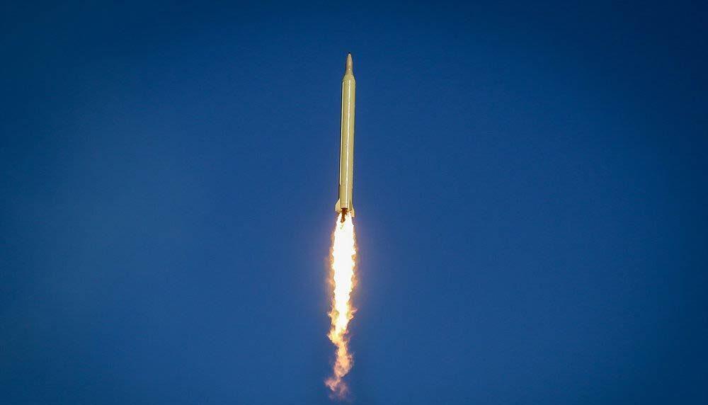 كوريا الشمالية تطلق 3 صواريخ باليستية