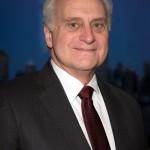 سفير أمريكا السابق في مصر رئيسًا للجامعة الأمريكية بالقاهرة