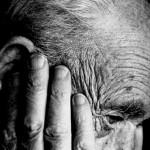 أمراض اللثة قد تنبئ بسرعة تدهور حالات الـ«ألزهايمر»