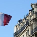 استطلاع: تراجع الثقة في القيادة الفرنسية لأدنى مستوياتها منذ 20 عاما