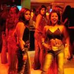 مخاوف من إعادة فتح ملاهي الرقص في مومباي من جديد