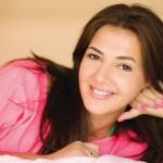 دنيا سمير غانم تتصدر «يوتيوب» بـ«حكاية واحدة»
