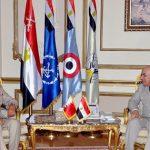 القائد العام للقوات المسلحة المصرية يلتقي رئيس هيئة الأركان لقوة دفاع البحرين