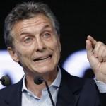 رئيس الأرجنتين يَعِدُ بقانون لمكافحة العنف في كرة القدم