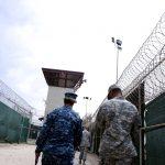 القضاء الأمريكي ينظر قضية تتعلق باستجواب معتقل في جوانتانامو