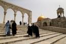 قوات الاحتلال تغلق أبواب المسجد الأقصى وتمنع دخول المصلين