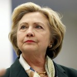 «بوليتيكو»: كلينتون لم تلتزم بسياسات الوزارة بشأن سجل البريد الإلكتروني