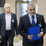 التشاؤم يخيم على محادثات إنقاذ السلام في سوريا