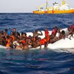 إنقاذ أكثر من 3300 مهاجر قبالة ليبيا