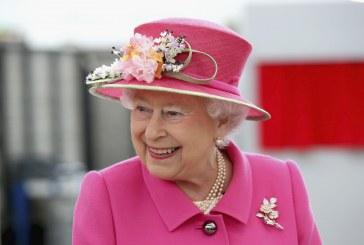 ملكة بريطانيا تحتفل بعيد ميلادها الواحد والتسعين