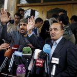 أمير الكويت يدعو المفاوضين اليمنيين إلى تحقيق السلام