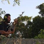 قتيل وأربعة جرحى باشتباكات بين مسلحي «داعش» وحراس قرب ميناء ليبي