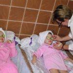 صور| حصص «الدلال والأنوثة» للصغيرات في حضانة مصرية