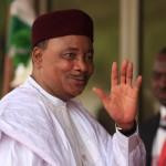 النيجر تعزل قائد الجيش بعد أدمى هجومين للمتشددين منذ سنوات