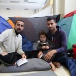 فيديو  اليونان تبدأ إخلاء مخيم إيدوميني على حدودها مع مقدونيا