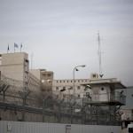 الأسرى الفلسطينيون يخوضون معركة جديدة في سجون الاحتلال