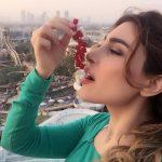 فيديو| يارا تطرح جديدها «خلوني معو»