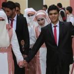 الإمارات تمول «عرسا جماعيا» لمصابي الحروب في قطاع غزة