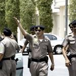 فيديو وصور  مقتل مهاجم وإصابة شرطيين بتفجير خارج القنصلية الأمريكية في جدة