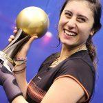 المصرية نور الشربيني تتصدر تويتر بعد فوزها ببطولة العالم للإسكواش