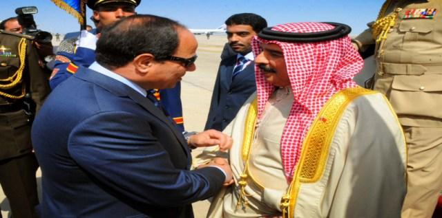 الرئيس المصري وملك البحرين - صورة أرشيفية