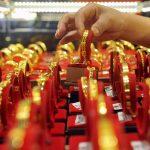 تراجع أسعار الذهب 2.8% بمصر مع تراجع الدولار