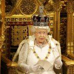 صور| إليزابيث الثانية تكشف النقاب عن إصلاحات الحكومة البريطانية