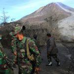 مقتل 6 أشخاص في انفجار بركان بإندونيسيا