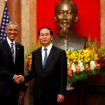 أوباما يؤكد من فيتنام على أهمية حرية الملاحة البحرية