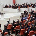 البرلمان التركي يعد مشروع قانون للتدخل العسكري في ليبيا