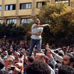 محامي متظاهري «25 أبريل»: الغرامات باهظة.. والمتهمون يشترون حريتهم بالمال