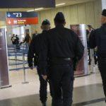 فيديو| وجود مكافحة المتفجرات في مطار شارل ديجول يؤكد فرضية الإرهاب