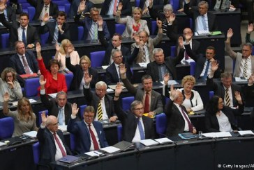 نائب ألماني يشير إلى «خلافات جسيمة» قبيل زيارة وزير الخارجية لإسرائيل