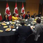 فيديو| إفطار رئيس الوزراء الكندي مع المسلمين أول يوم رمضان