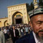 أمريكا تدرس فرض عقوبات ضد منتهكي حقوق مسلمي شينجيانج بالصين
