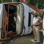 مقتل 25 بانزلاق حافلة من على طريق جبلي شمال شرقي الهند