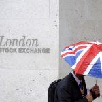 الأسهم المرتبطة بالسلع الأولية تساعد بورصات أوروبا على التعافي