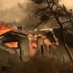 بدء عودة سكان كاليفورنيا إلى منازلهم بعد السيطرة على حريق غابات مدمر