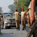 مقتل 4 من رجال الشرطة بهجوم إرهابي جنوب غربي باكستان