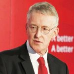 زعيم حزب العمال البريطاني يقيل وزير خارجيته في حكومة الظل