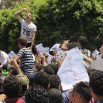 بـ«ارحل» و«هو يمشي».. طلاب الثانوية العامة ينتفضون ضد وزير التعليم المصري