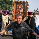 الشرطة الأوكرانية توقف مسيرة دينية في كييف لدواعٍ أمنية