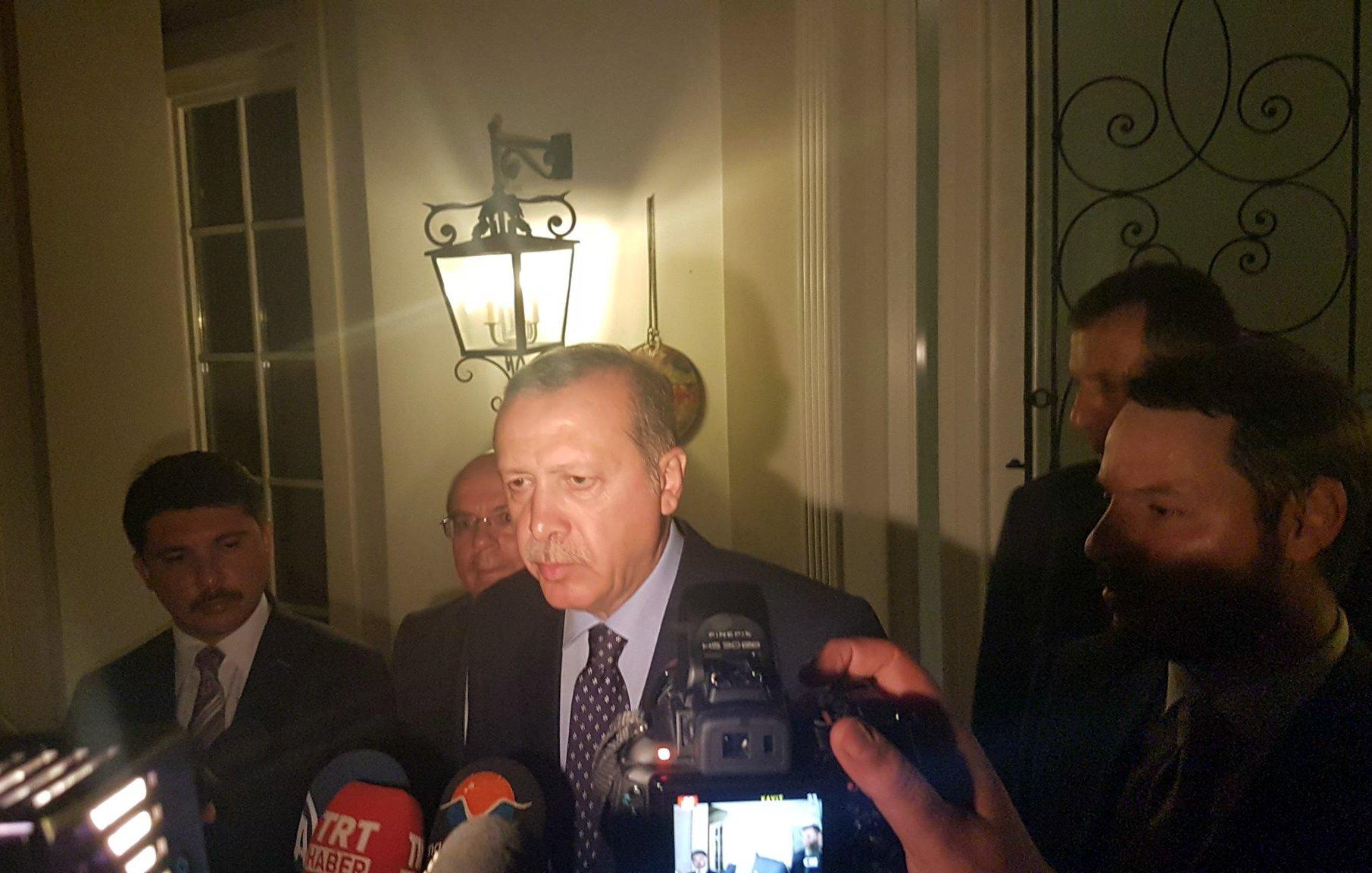 أردوغان يلقي بيان إنتهاء الأنقلاب المزعوم ويتعهد بتطهير الجيش