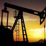 مخزونات أمريكا من النفط الخام تهبط بشدة ومخزون البنزين يرتفع