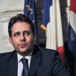 فرنسا تستبعد التوقيع على اتفاقية التجارة عبر الأطلسي في 2016