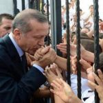 تركيا قد تمنح جنسيتها لـ 300 ألف سوري