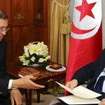 فيديو| نائب تونسي يصف الجلسة العامة للبرلمان بـ«العبث»