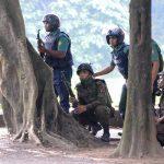 مقتل شرطيين ومسلح في هجوم على مصلين شمال دكا
